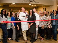 OrthoAtlanta Douglasville physicians and guests ribbon cutting ceremony